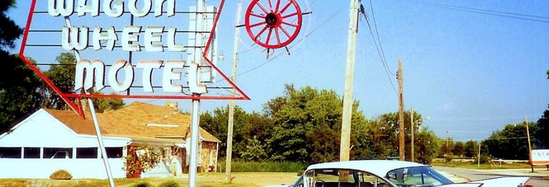 Wagon Wheel Motel, Cafe and Station, Cuba, Missouri, USA