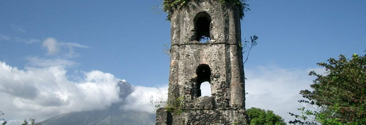 Cagsawa Ruins, Albay, South East Luzon, Philippines